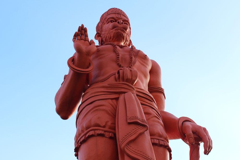 Hanuman-Temple-new-delhi-india
