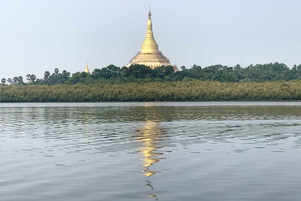 gold-pagoda-mumbai-bombay-india