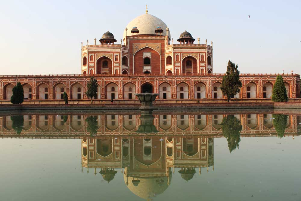 humuyans-tomb-new-delhi-india