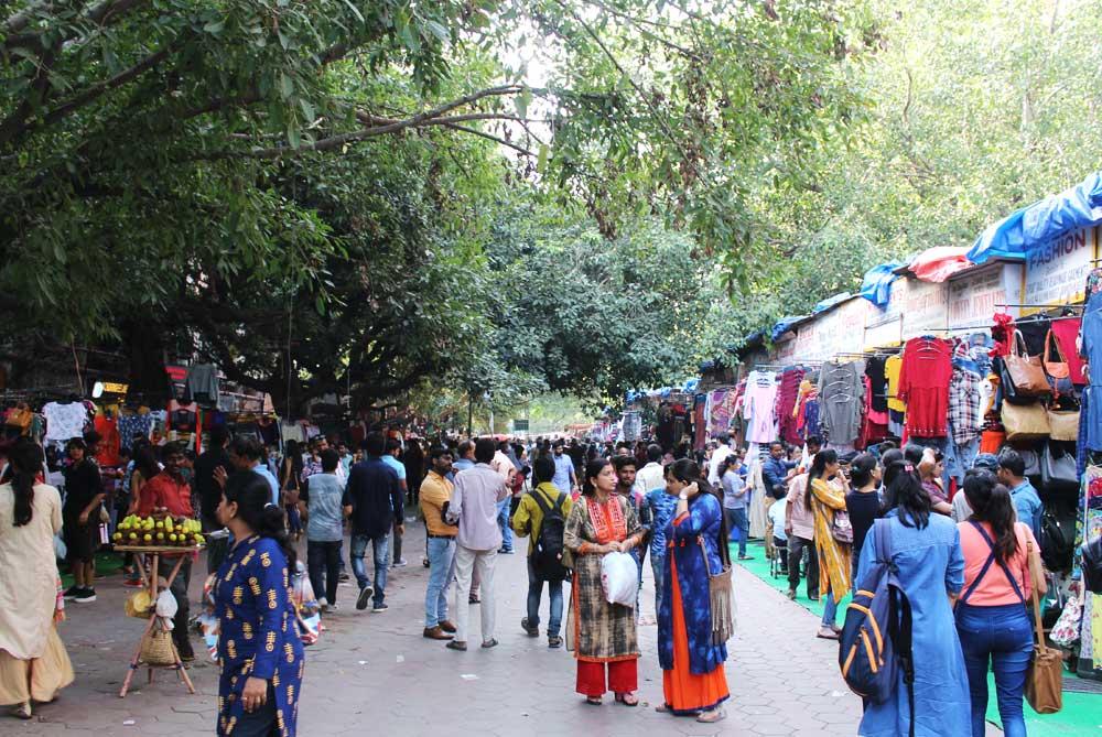 market-new-delhi-india