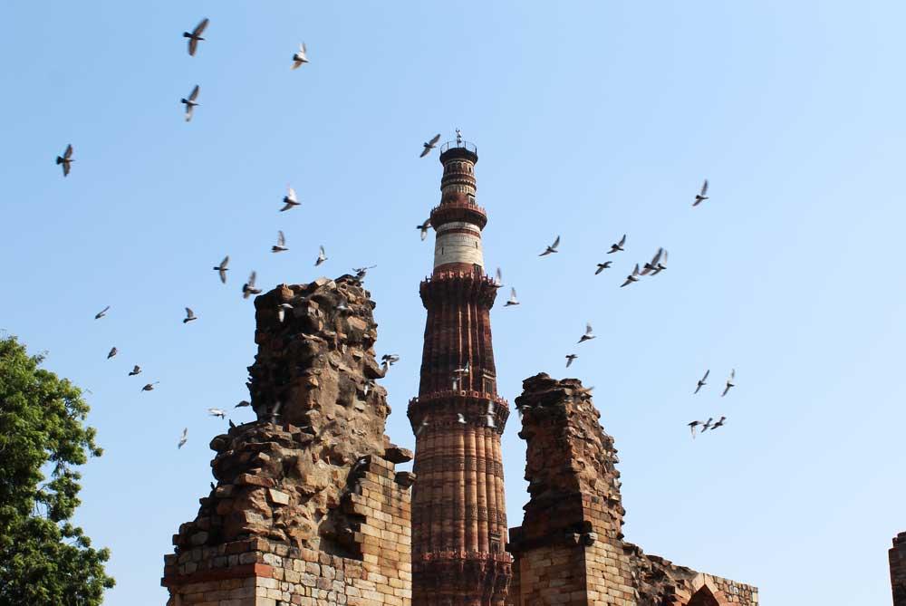 qutub-minar-new-delhi-india