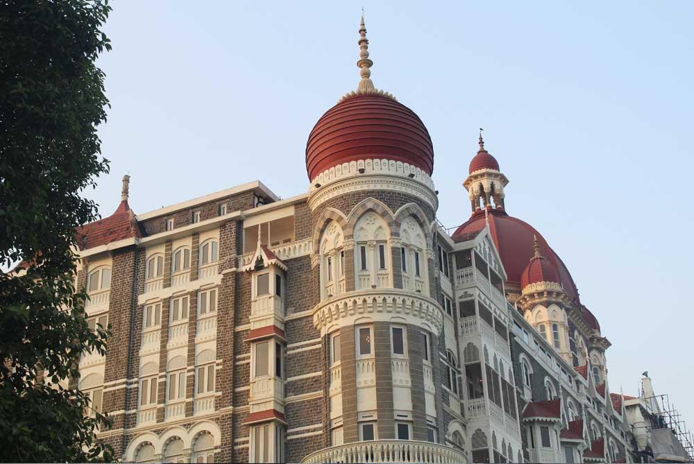 taj-palace-hotel-close-up-mumbai-bombay-india