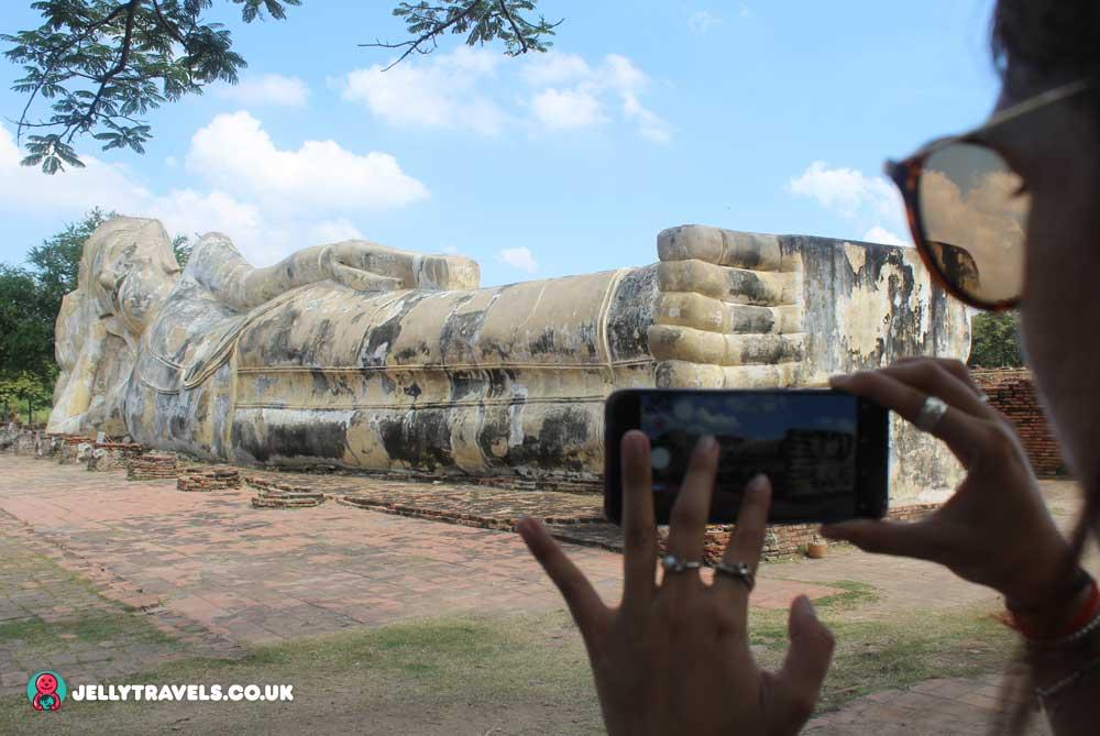 Prata-Chai-reclining-buddha-Ayuthaya-thailand