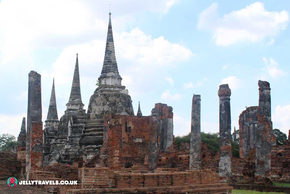 Wat-Phra-Si-Sampet-Ayuthaya-thailand