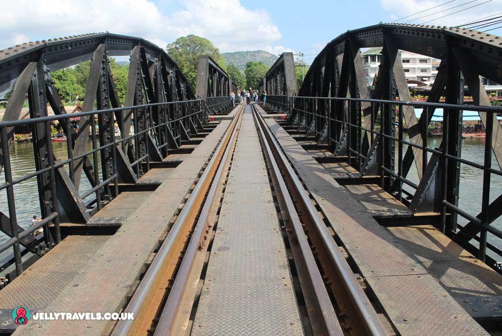 bridge-river-kwai-kanchanaburi-thailand