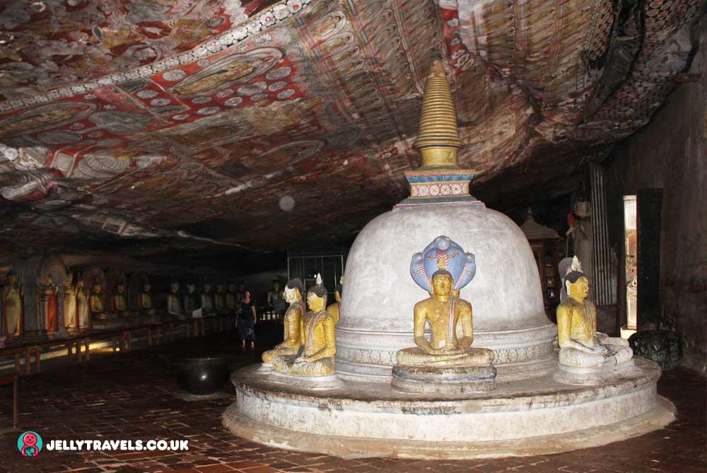 dambulla-cave-temple-dambulla-sri-lanka