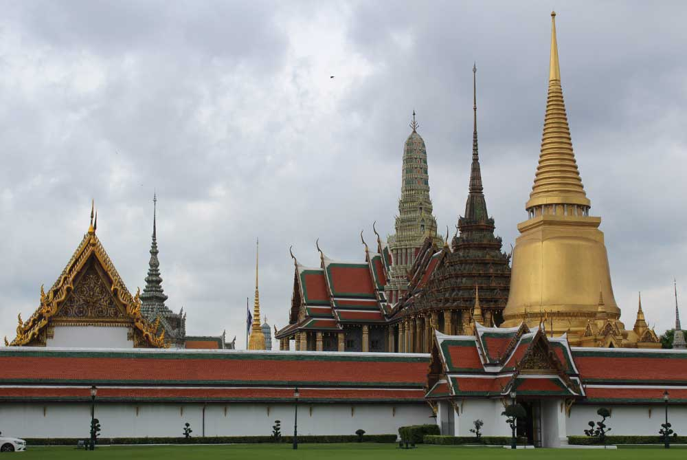 grand-palace-feature-bangkok-thailand