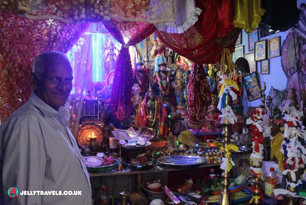shrine-in-white-buddha-hill-kandy-sri-lanka