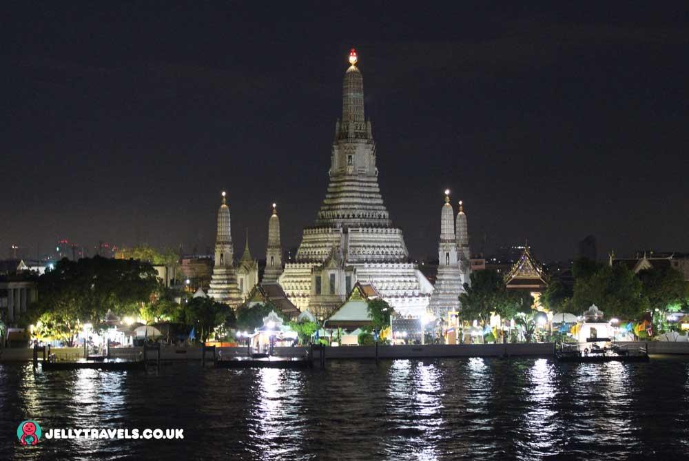 wat-arun-night-bangkok-thailand