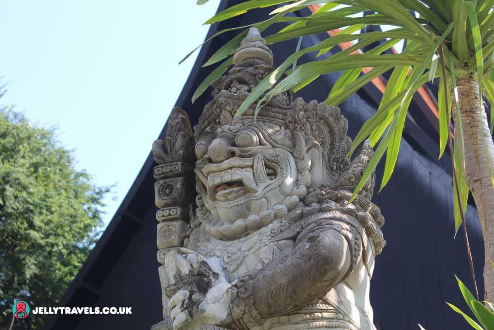 black-house-statue-chiang-rai-thailand