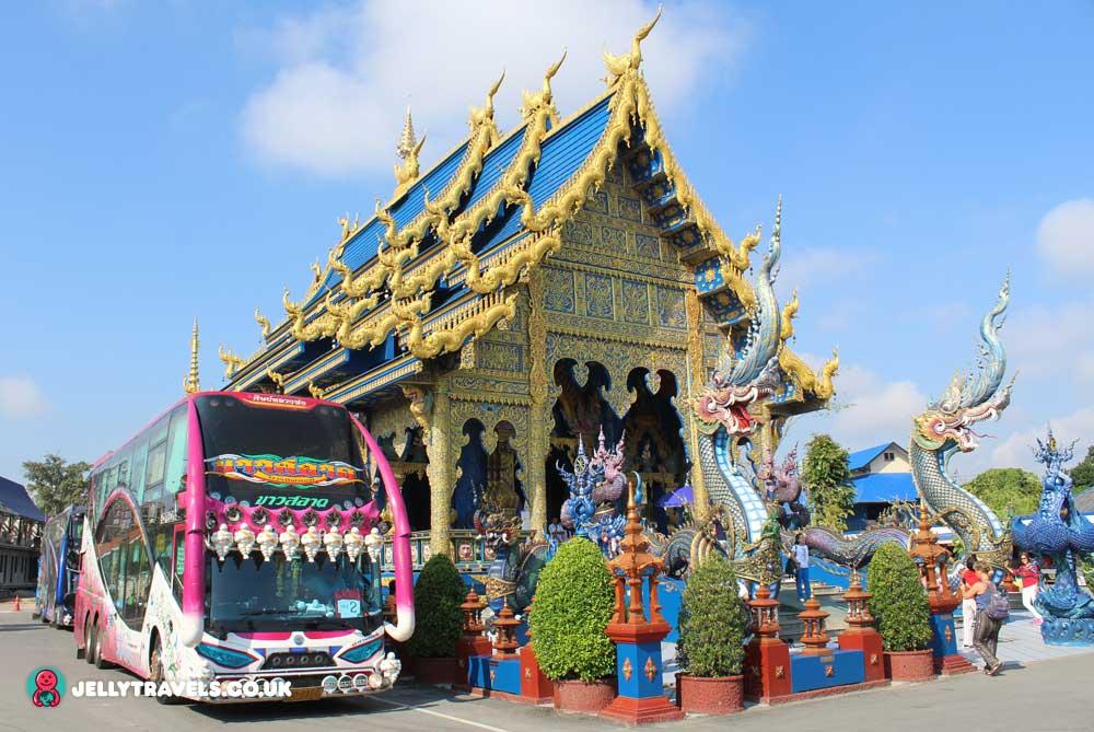 blue-temple-chiang-rai-thailand