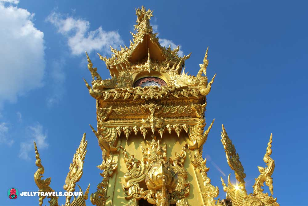 clock-tower-chiang-rai