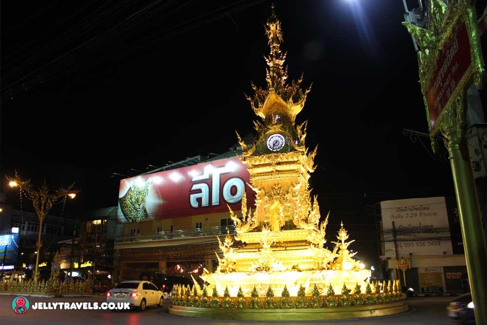 clock-tower-night-chiang-rai