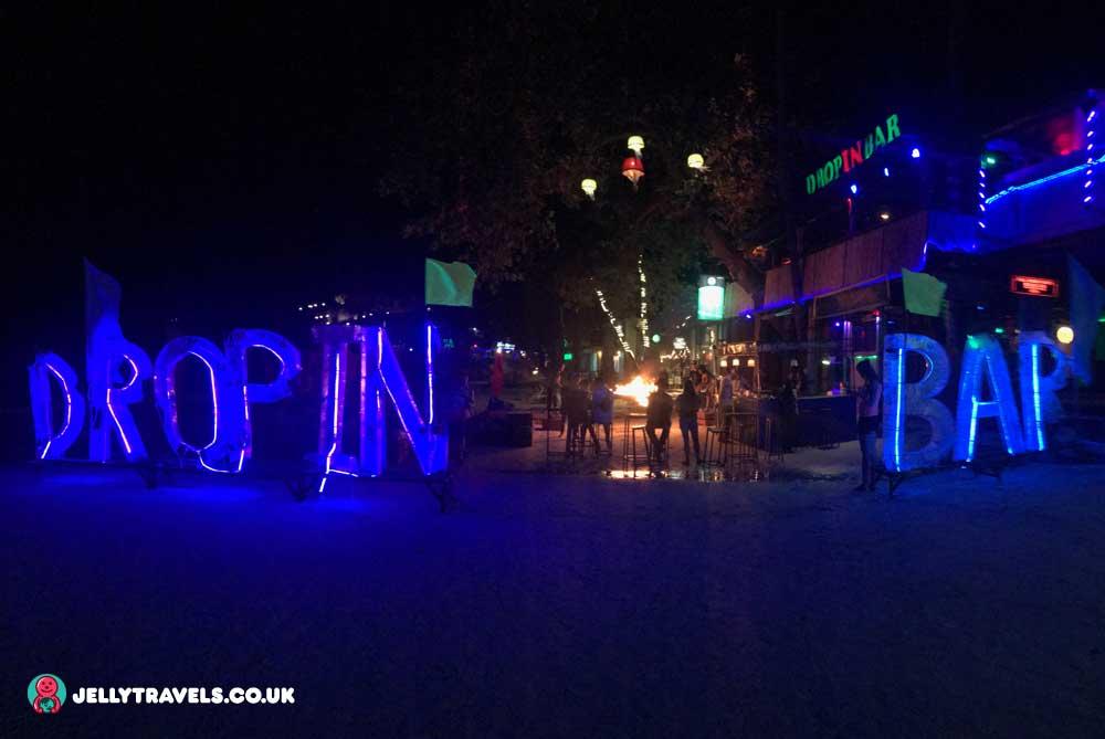 drop-in-bar-pre-full-moon-party-koh-phangan
