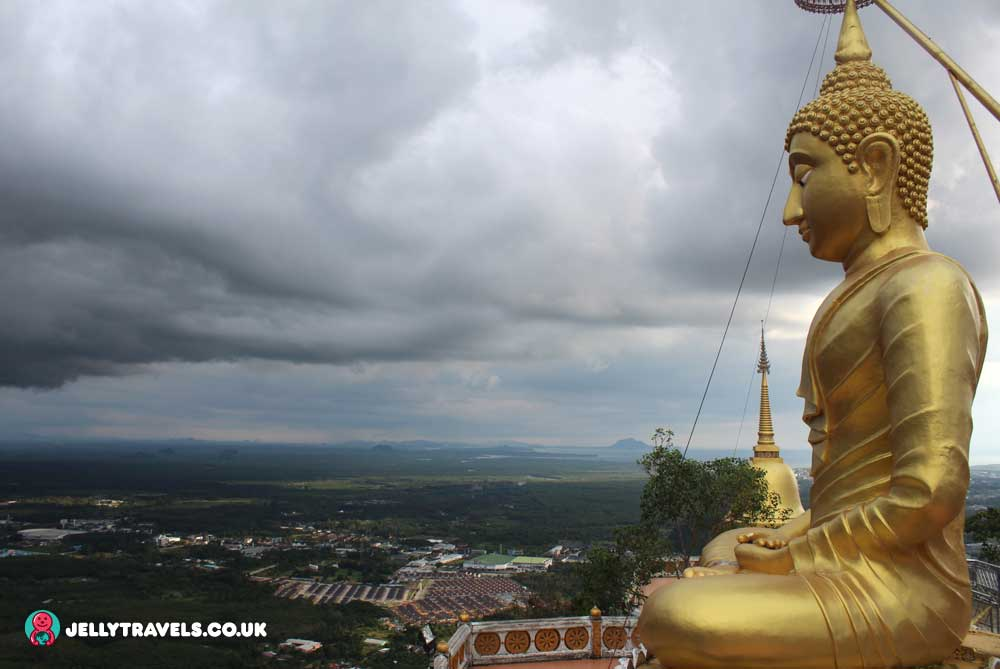 gold-buddha-top-tiger-cave-temple-krabi-town