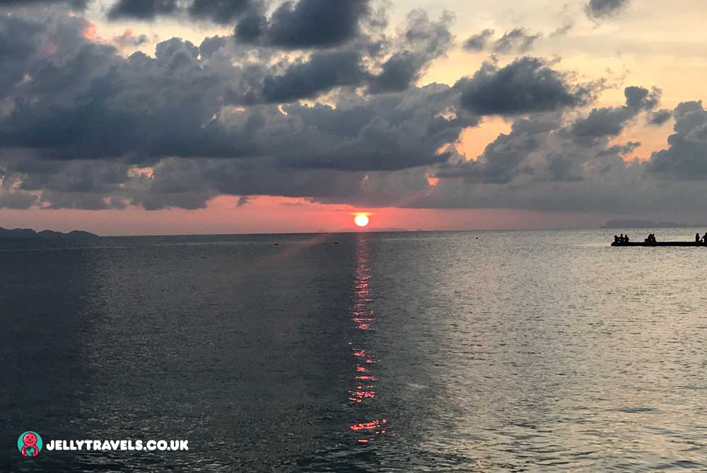 sunset-cocohut-beach-and-spa-resort-koh-phangan