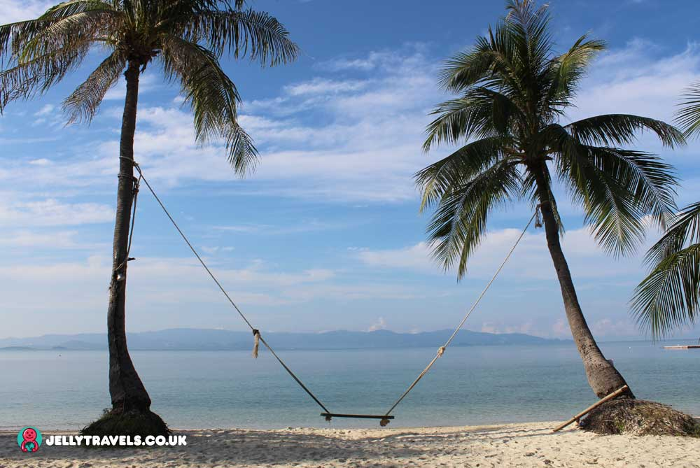 swing-cocohut-beach-and-spa-resort-koh-phangan