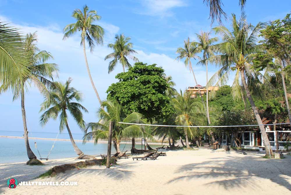 volleyball-net-cocohut-beach-and-spa-resort-koh-phangan