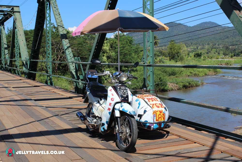 ww2-memorial-bridge-pai-thailand