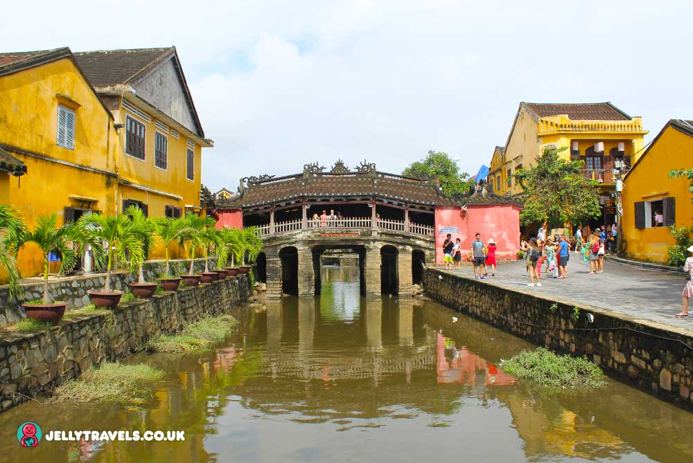 Japanese-Covered-Bridge-hoi-an-vietnam