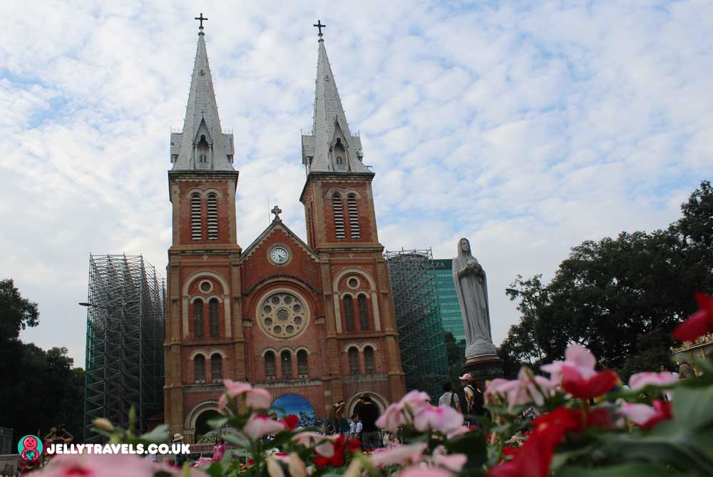 Notre-Dame-Cathedral-ho-chi-minh-city-vietnam
