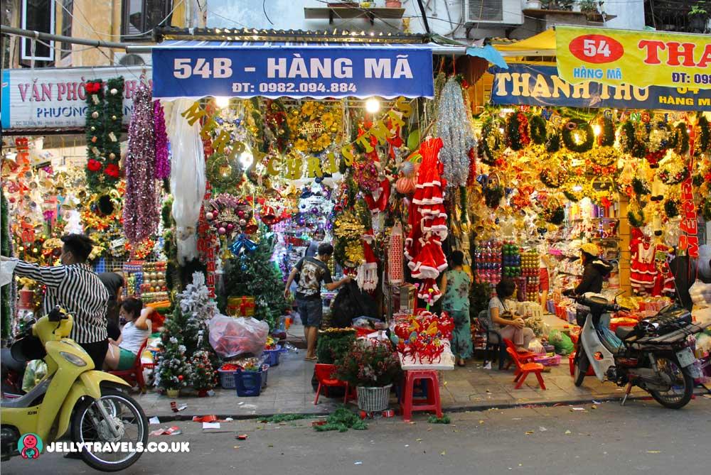 hang-ma-street-christmas-decoration-hanoi-vietnam
