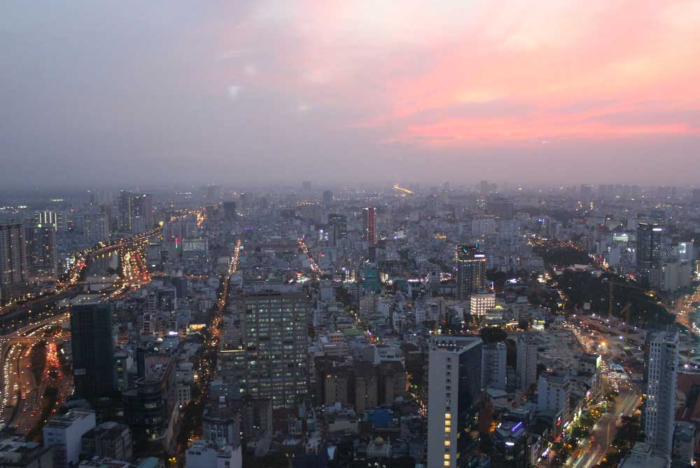 ho-chi-skydeck-saigon-night-feature-sunset-ho-chi-minh-city-vietnam