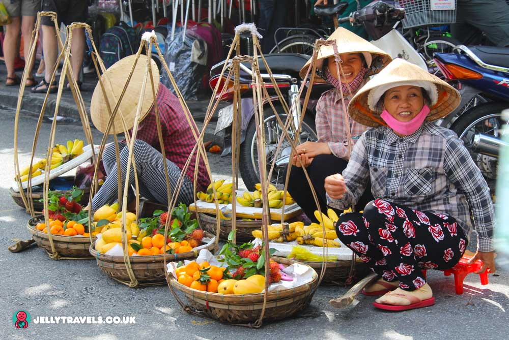 market-hoi-an-vietnam