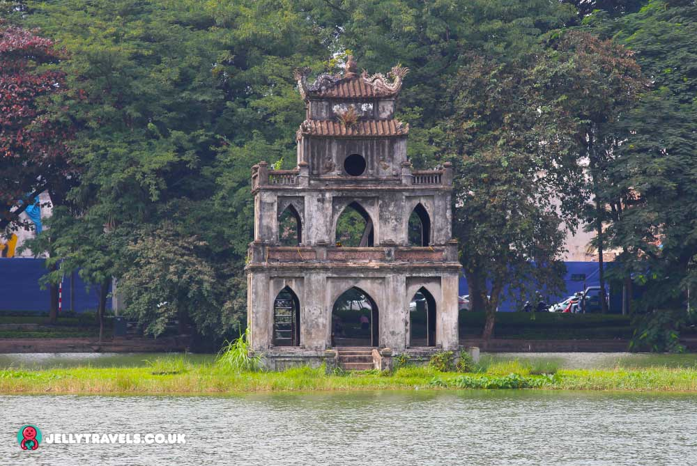 turtle-tower-hanoi-vietnam