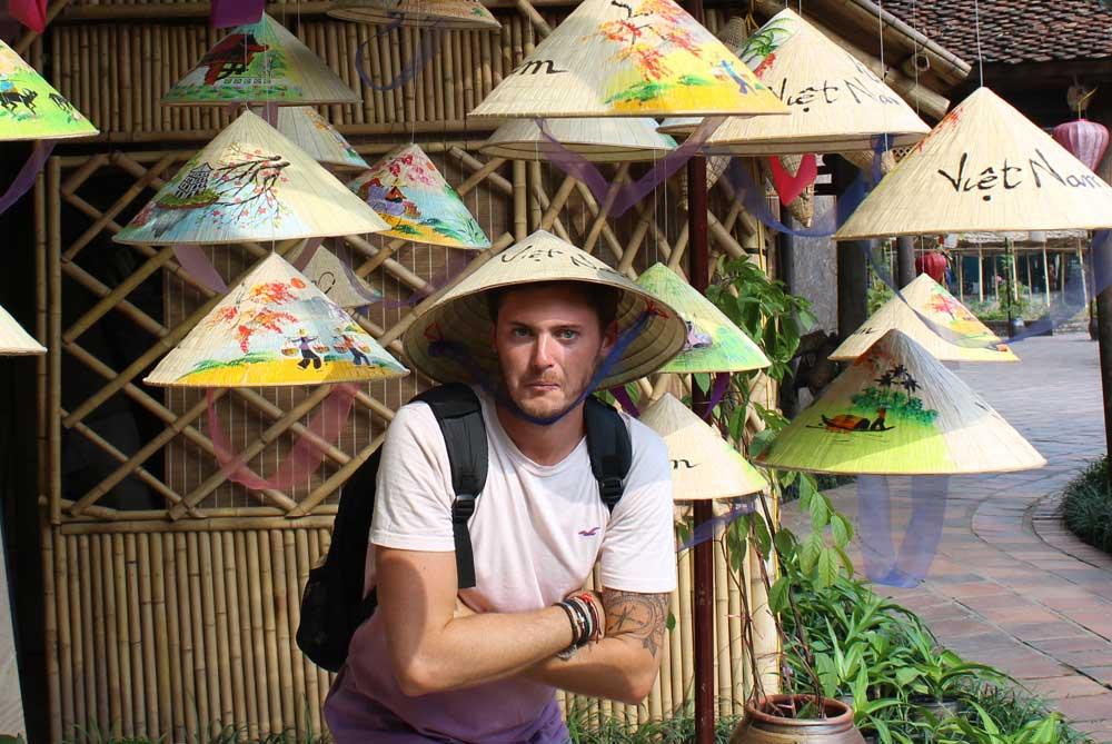 vietamese-hat-james-hanoi-vietnam