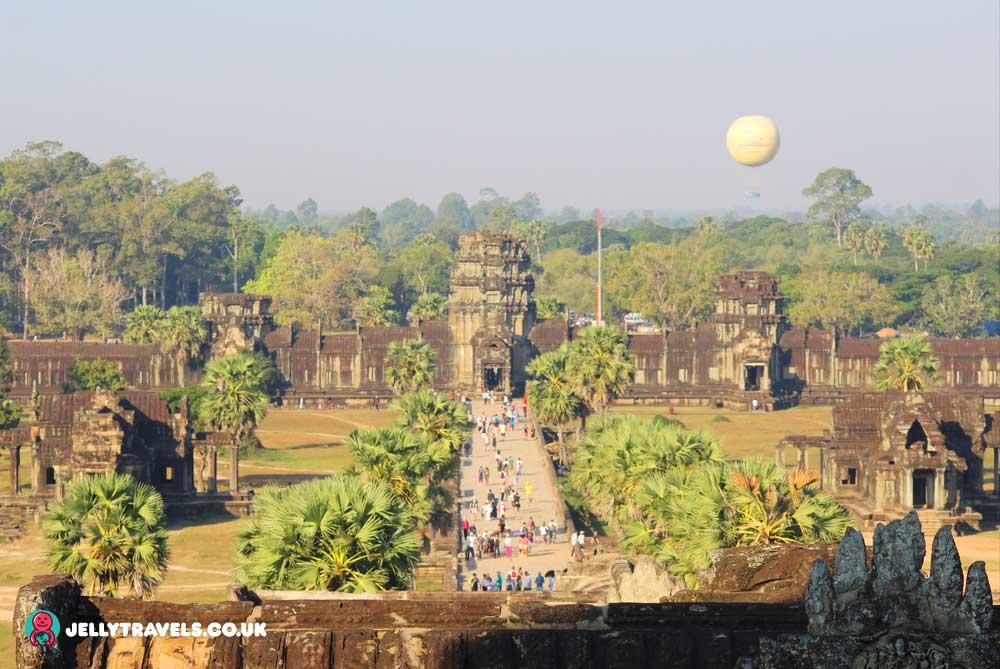 angkor-wat-temple-cpmplex-siem-reap-cambodia