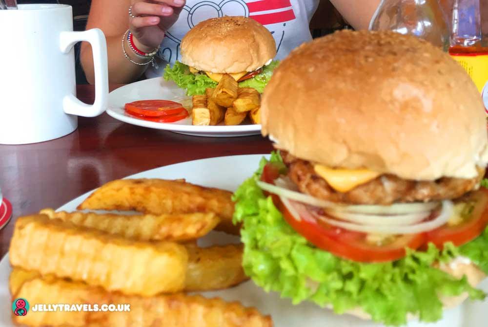 davids-restaurant-phnom-penh-cambodia