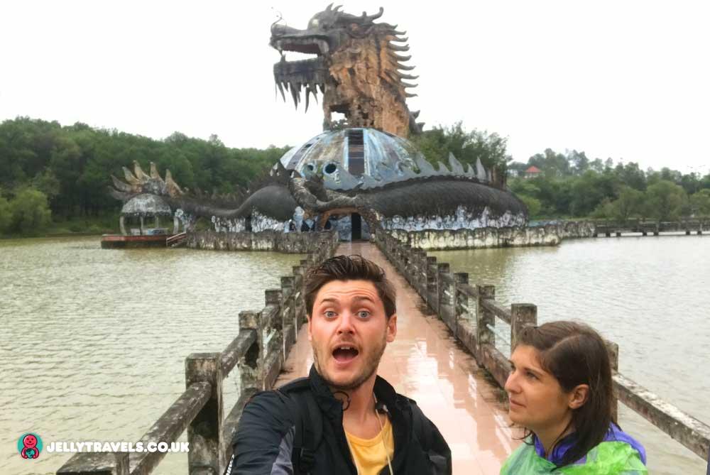 impressed-face-dragon-aquarium-huey-thien-abandoned-waterpark-hue-vietnam