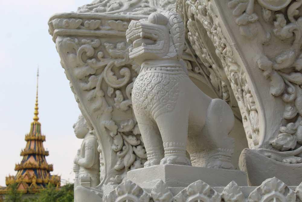 royal-palace-pagoda-phnom-penh-cambodia