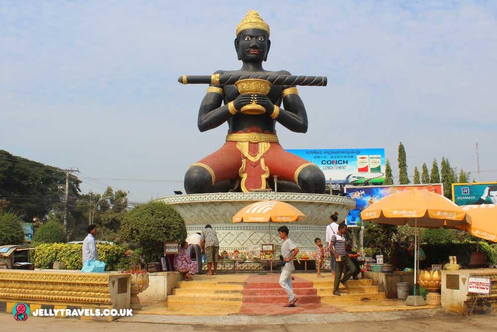 black-man-statue-roundabout-battambang-cambodia