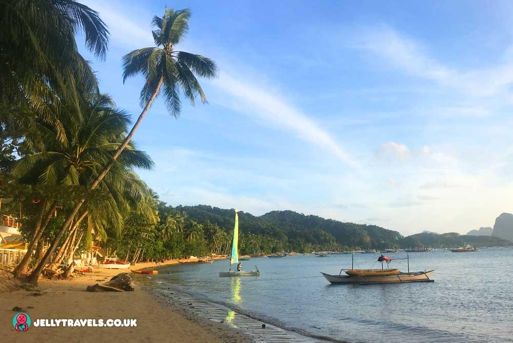corong-corong-beach-el-nido-palawan-philippines