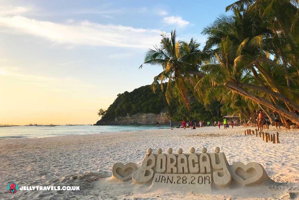white-beach-sand-sign-boracay-philippines