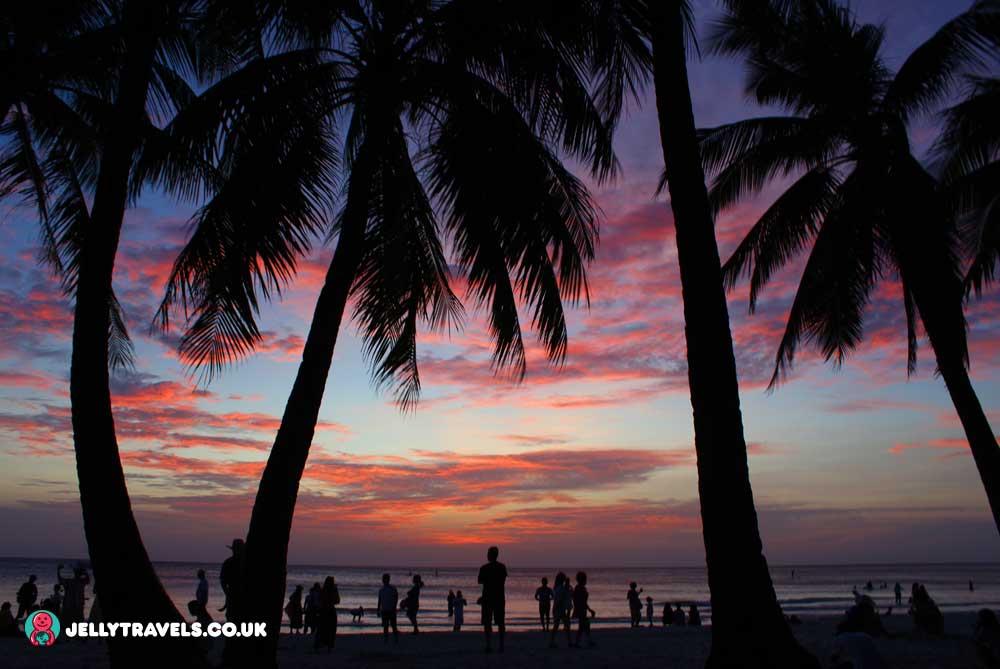 white-beach-sunset-boracay-philippines
